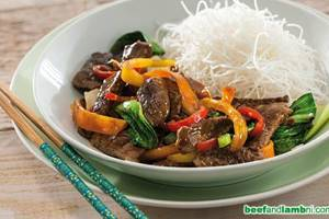 Hoisin beef with rice noodles