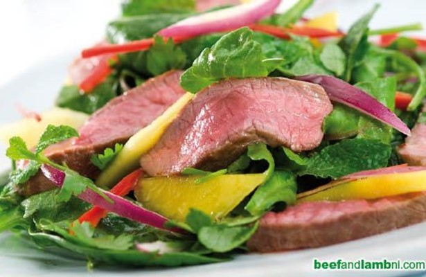 Lamb with mango, chilli and mint salad