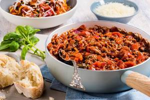 Balsamic beef and tomato ragu
