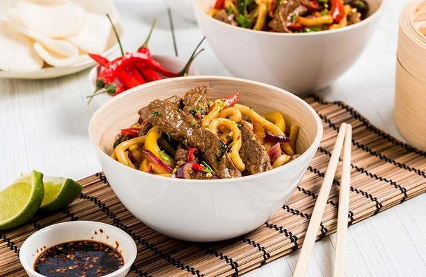 Beef, ginger and vegetable stir fry